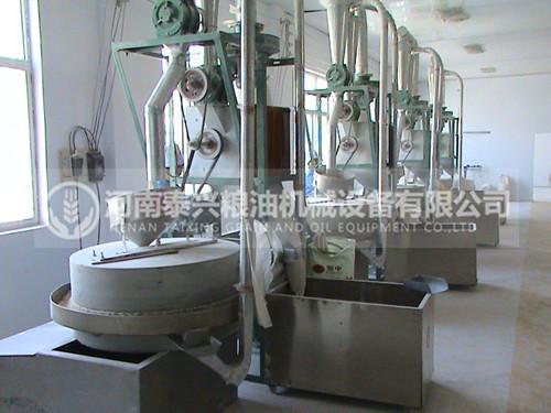 4组石磨面粉机械